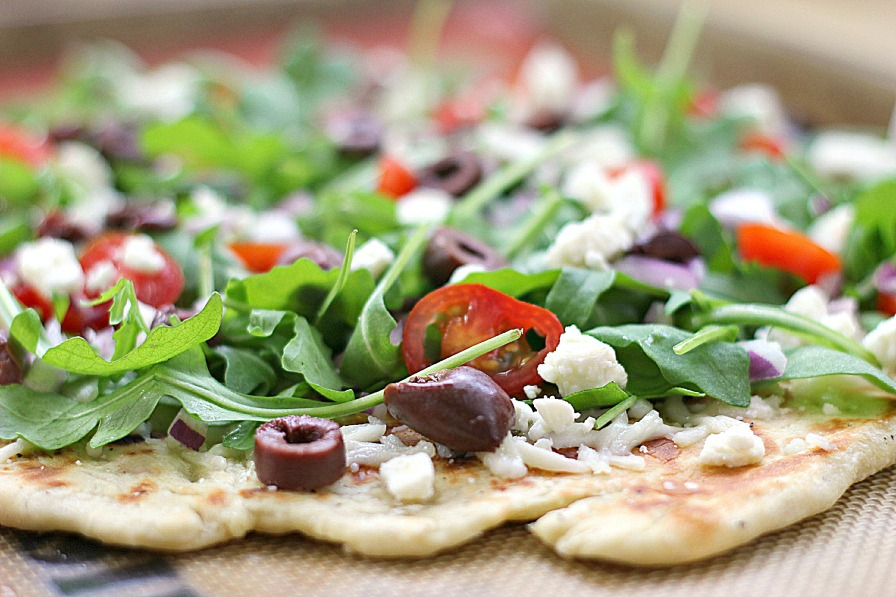 Greek Salad Grilled Pizza | Eat. Drink. Love.