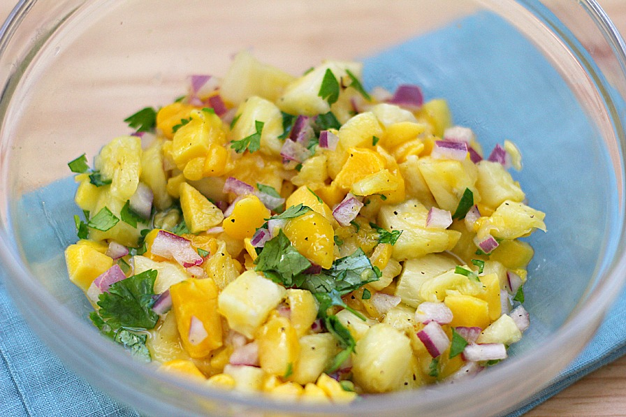 Pineapple mango salsa fish for Mango salsa recipe for fish