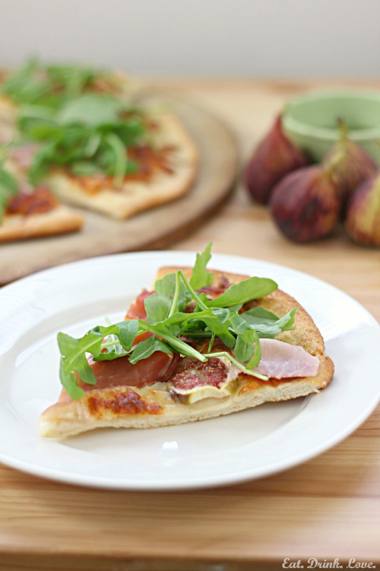 Fig, Prosciutto, and Arugula Pizza