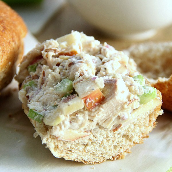 Low-Fat Chicken Salad Sandwich