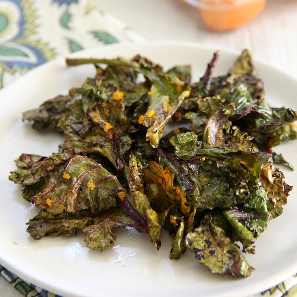 Citrus Kale Chips in a bowl