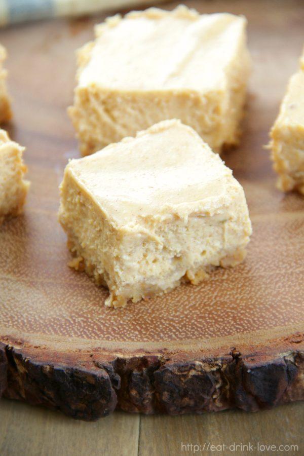 Skinny Pumpkin Cheesecake Bars