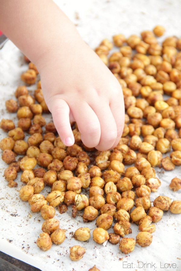 Crispy Roasted Taco Chickpeas